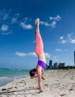 Rachel Brathen Handstand